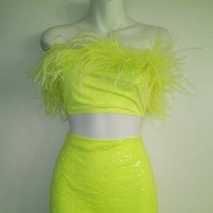 NEON FEATHER FLOCK TO ME SET